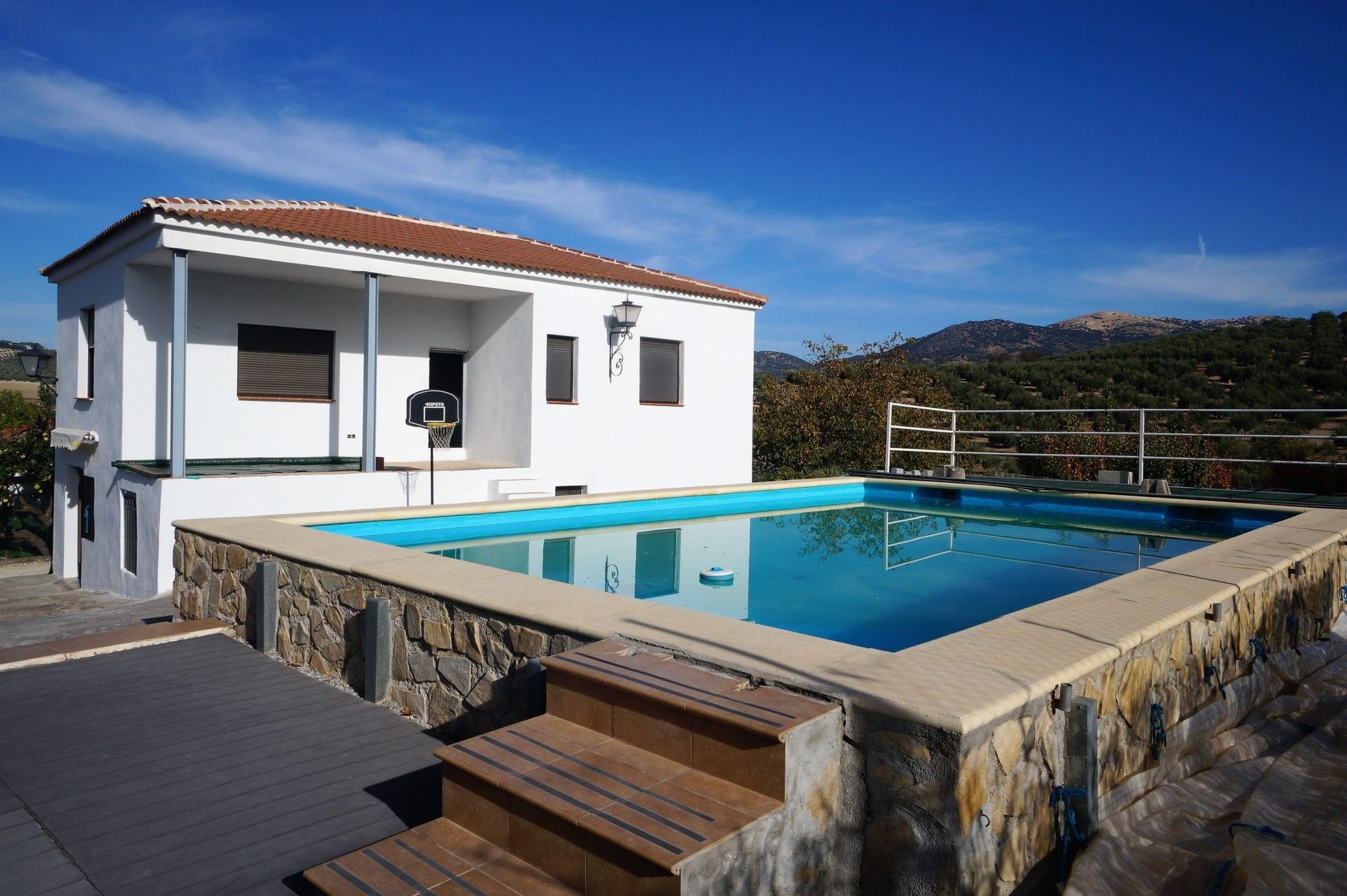 Casa de Campo a 10 km de Alcala.